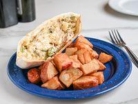 Sándwich de pollo con papas rústicas
