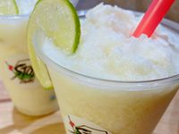 Limonada de Coco 16 Onzas