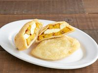 Empanada de platano con queso