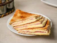 Sándwich caliente clásico