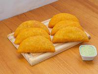 Promo - 6 empanadas grandes + salsa