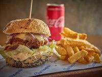 Combo - Sándwich de ternera braseada + papas fritas + Coca-Cola 310 ml