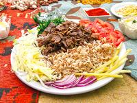 Arroz con shawarma de carne