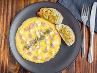 Omelette de jamón de pierna o pavo y queso mozzarella