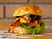 Hamburguesa con Costilla BBQ