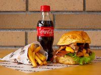 Combo Hamburguesa con Costilla BBQ
