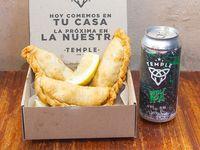 Combo - 3 empanadas + cerveza 473 ml