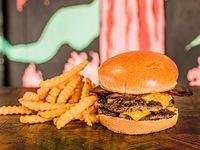 Doble Bacon Burger + Papas