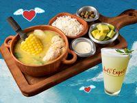 Ajiaco con Pollo + Limonada Natural