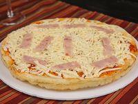 Pre pizza con muzzarella y jamón