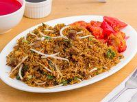 Arroz chino con pollo agridulce