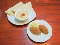 Promo - 2 keppes + humus chico + 2pan