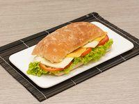 Sándwich Quesos