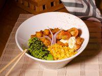 Bowl Costeño + Soda Hatsu
