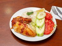 Promo - Pollo asado acompañado con arroz y ensalada