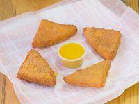 Triangulos de Queso Mozzarella Apanados
