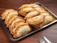 Promo 24 Empanadas + 2 de regalo