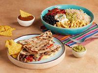 Combo 2 - Burrito bowl de tu elección + quesadilla de tu elección