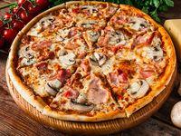 Pizza Tradicional Familiar+ Gaseosa 1.5 L + Quesitos Gio´s