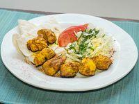 Kebabs de pollo sazonado