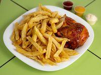 1/4 de pollo con papas fritas + bebida lata