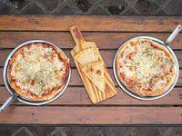 Promoción - 2 Pizzas muzzarella + fainá
