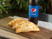 Promo individual 3 empanadas + refresco 500ml