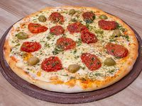 16 -Pizza napolitana mediterránea deluxe