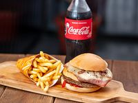 Combo - Hamburguesa doble + papas fritas + bebida 600 ml