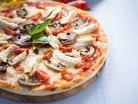 1 Pizza Mediana x 3 + Gaseosa 1Lt
