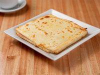 Sándwich caliente de jamón y queso con muzzarella