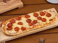 Pizzeta con pepperoni (50x20 cm)