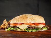Promo – Sándwich de Lomito o Bondiola & Papas Fritas