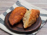 Empanada de Arroz, Carne desmechada y Huevo