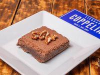 Cuadradito de brownie con nuez