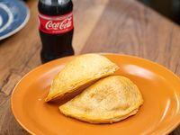 Promo - 2 Empanadas + Coca Cola 220 ml