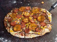 Pizza Mediana de la Casa Club Criolla