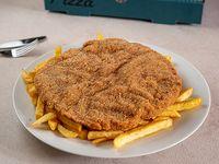 Milanesa de carne o pollo común con fritas
