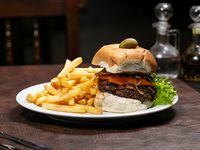 Sándwich de hamburguesa Mesón
