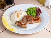 Lomo + acompañamiento + ensalada mixta