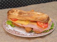 Promo - Sándwich de milanesa completo  + bebida
