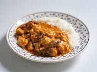 Strogonoff de pollo y champiñones con arroz