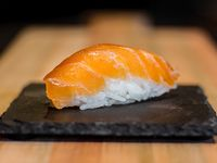 Nigiri salmón ahumado