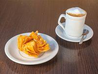 Café Con Leche más Pastelito de Batata