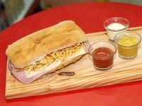 06- Sándwich de milanesa especial crocante