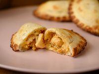 20 - Empanada de pollo