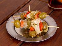 Pincho de pickles en vinagre y aceitunas (3 unidades)