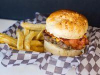 Promo buger 3 - Burger de ternera de 130gr cheddar y panceta + papas fritas