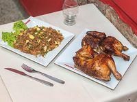1 pollo entero, mas 1 Arroz Chaufa