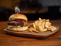 Burger Moe + papas fritas